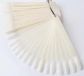 Палитра для лаков веерная на кольце молочная миндалевидная 50 шт